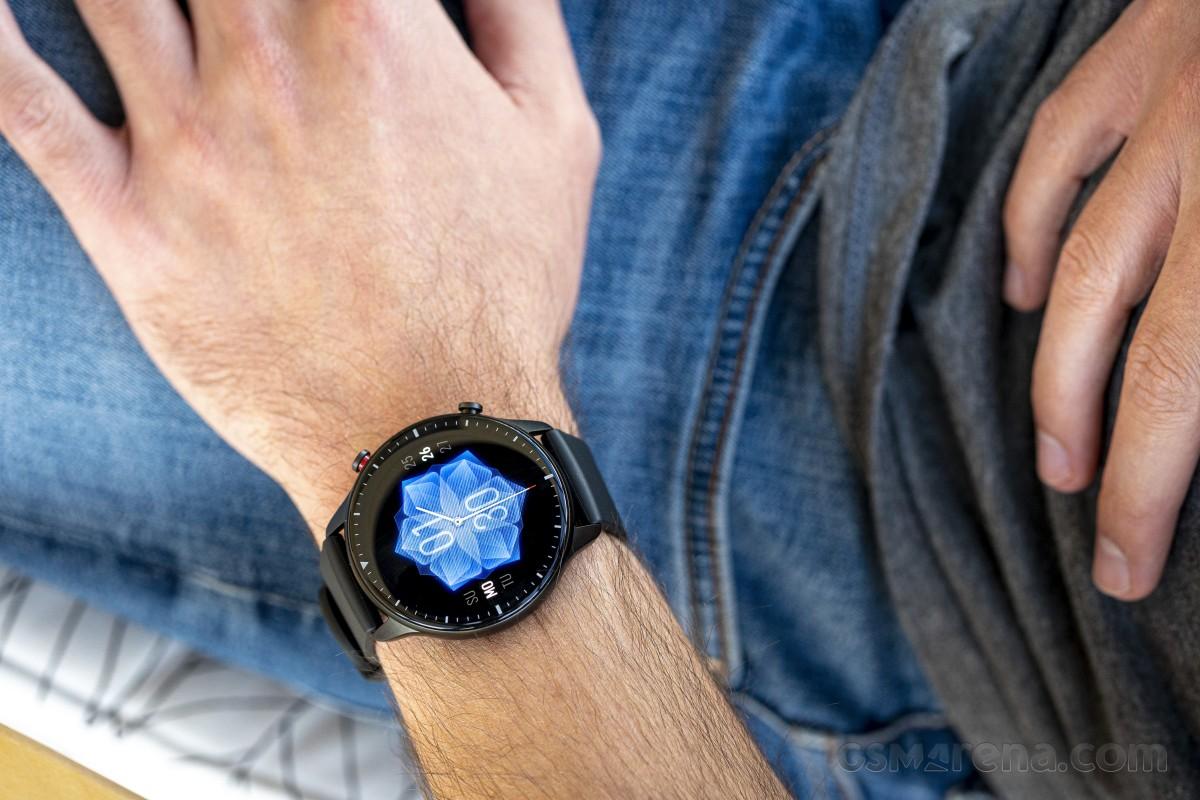 Amazfit GTR 2e lo smartwatch che migliora qualunque esperienza sportiva e non
